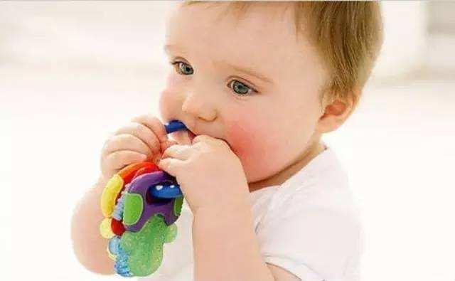 婴幼儿牙胶是否真的安全卫生?