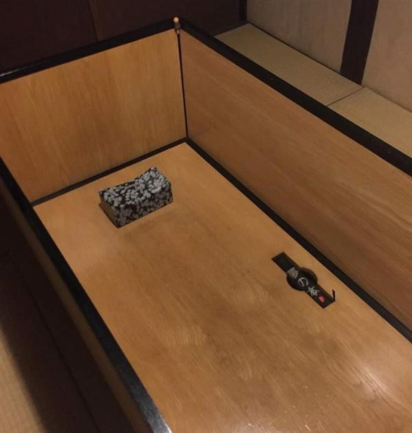 这家旅馆要求你在棺材里睡觉 只为让你晚上能做梦