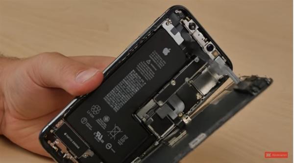 新iPhone销量下滑:苹果为保利润提高电池售价