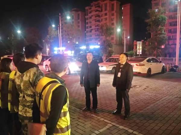 【整治】夜间酒吧噪音烦人,江埔街联合环保局开展突击执法行动