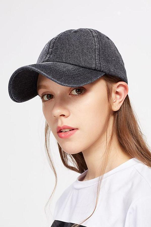 戴帽子很尴尬 30款发型让你不再担心压扁头发