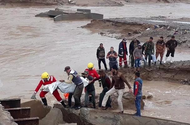伊拉克洪水致17死178伤 总理发布紧急救灾举措