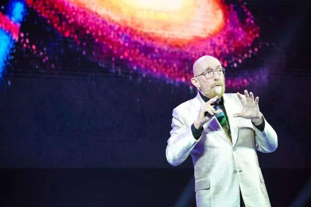 诺贝尔物理学奖基普·索恩:人类能否时光穿梭?