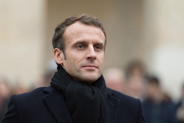 巴黎:法国总统马克龙出席荣军院举行的军事仪式