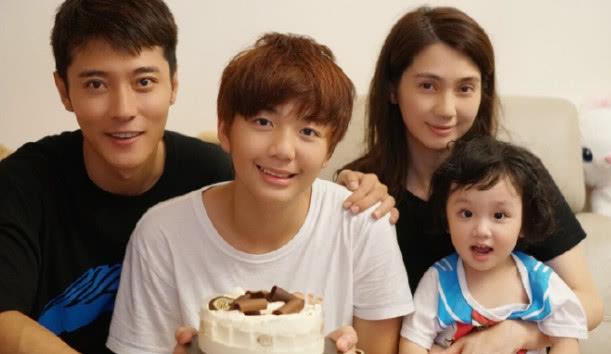 洪欣首谈儿子张镐濂出道 最支持他的是丈夫张丹峰