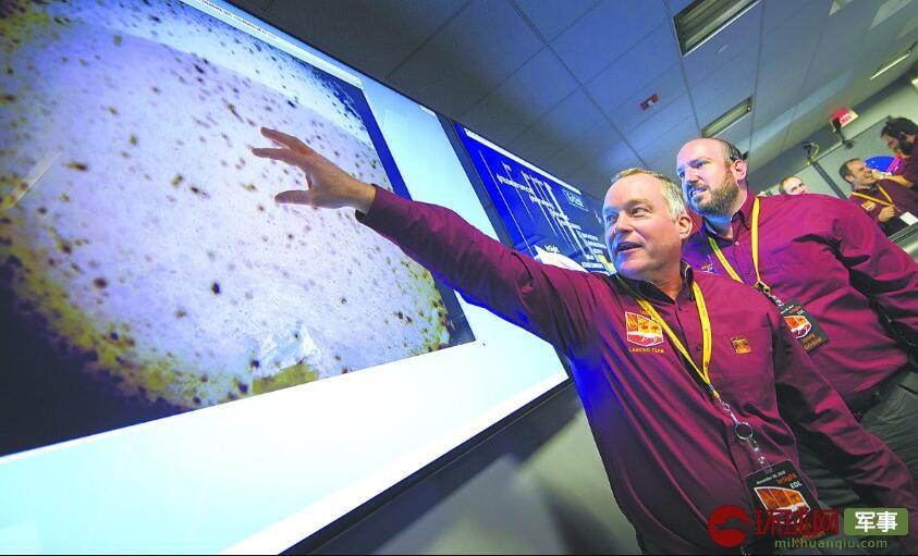 """美国""""洞察""""号探测器传回首张火星照片(图)"""
