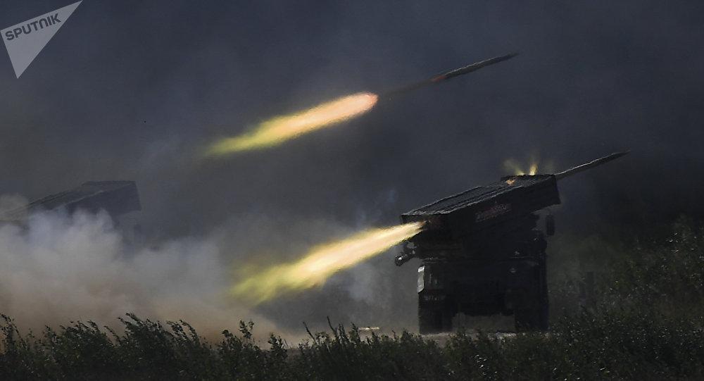 俄炮射无人机曝光:用龙卷风火箭炮发射无人机
