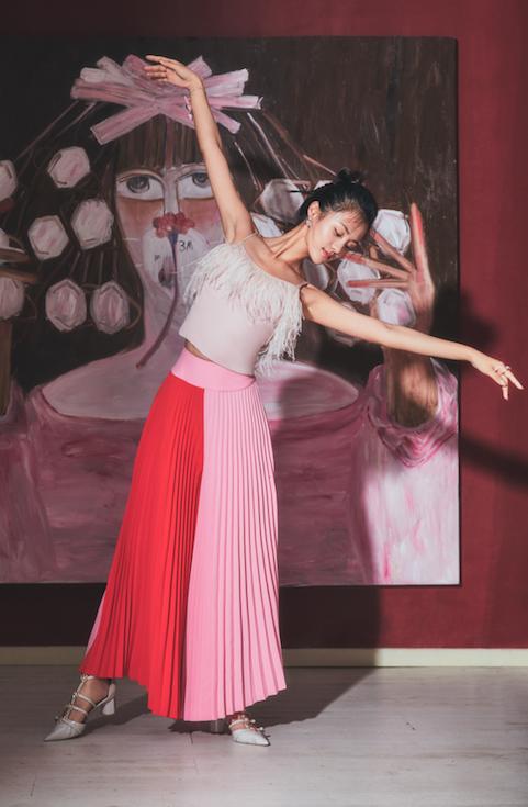 安悦溪写真舞姿撩人 一行一动皆是风情