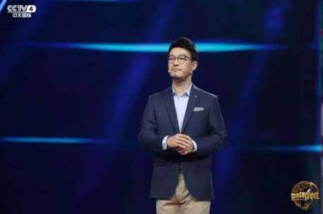 《世界听我说》刘轩分享父亲强硬教育方式