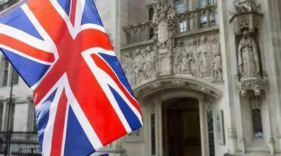 英国部分高校拒收中国学生?假新闻!