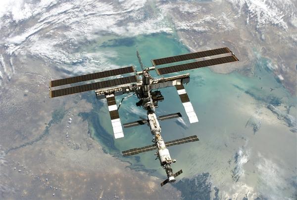 科学家发现空间站出现超级细菌:呼吁对其紧急研究