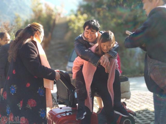 巫溪兰英大峡谷迎来了一群特别的游客!