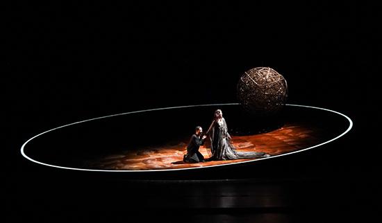 胡军《哈姆雷特》拉开大幕 北京首演一票难求