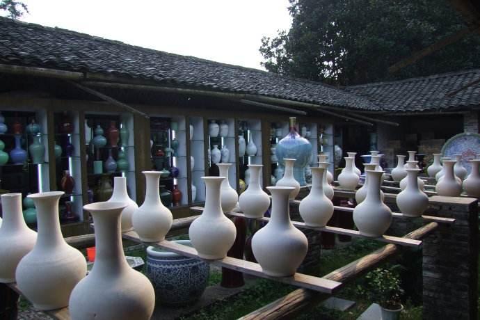 千年瓷都重抖擞 景德镇产业传承再创新