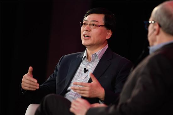 杨元庆谈AI:数据、计算力和算法驱动彩票网化变革