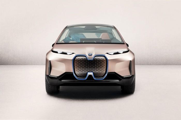 宝马在洛杉矶车展展出Vision iNext实体车