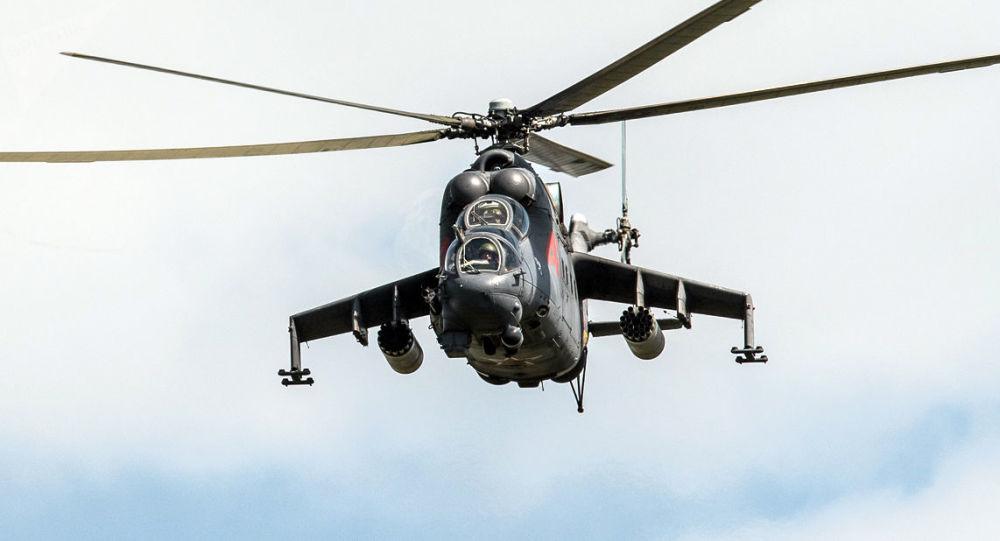 捷克一架米-35武装直升机发生坠落 严重受损