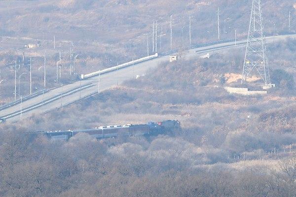 朝韩和平再迈一步!阔别10年,韩国列车今日直达朝鲜