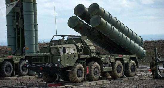 俄罗斯新S-400系统在远东一边疆区进入战斗值班