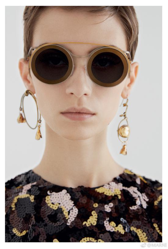 请签收这份2019时尚图像趋势预测报告 千禧一代在买哪些品牌