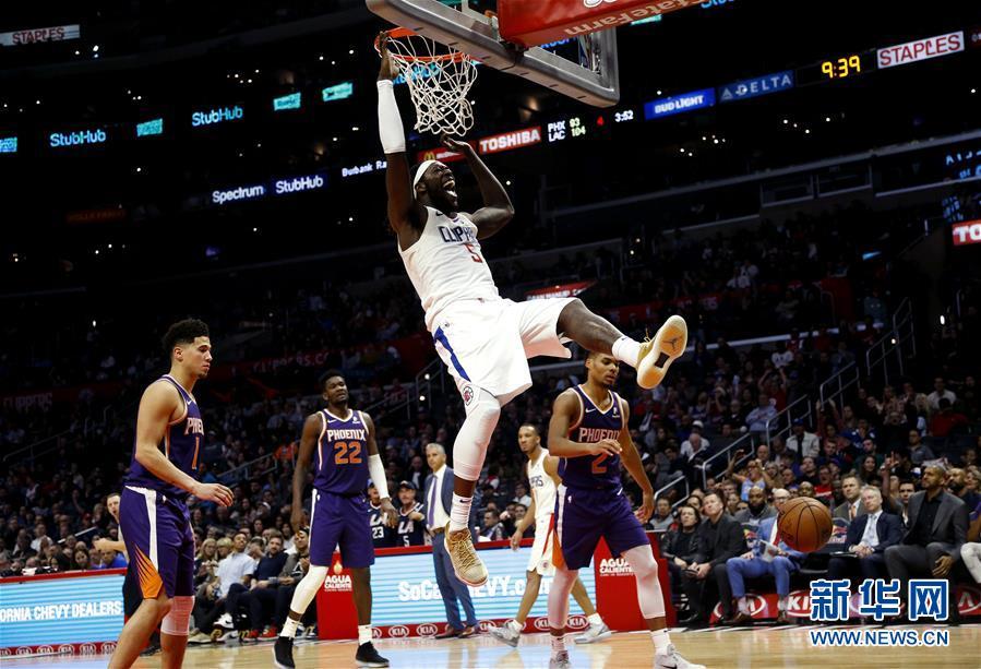 NBA常规赛:快船胜太阳