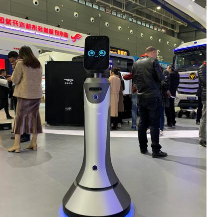 猎豹移动全系列机器人亮相 AI赋能网络安全智造