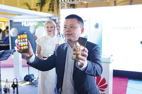 华为Mate20系列登陆科威特,媒体评论为手机之王