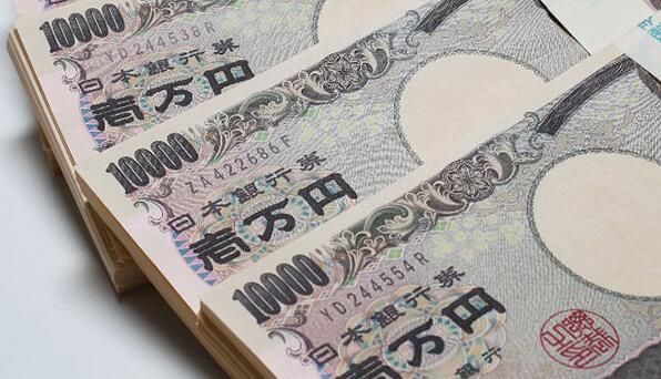 日本各政党的收入有多少?