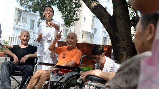 外媒:中国60岁以上老人将达4亿!