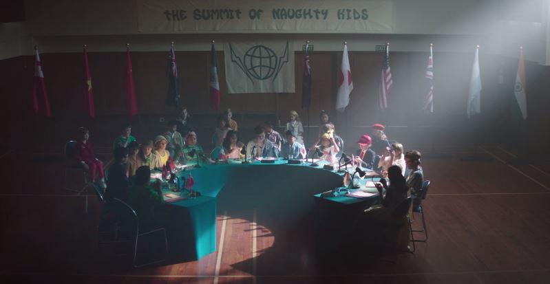 新西兰航空发布搞怪创意电影:《圣诞乖宝宣言》