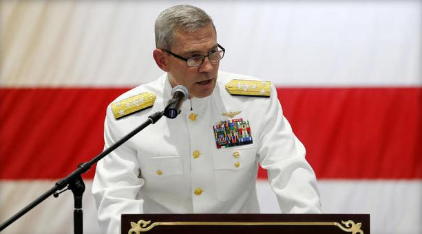 美国防部:美国海军第五舰队司令员死于自杀