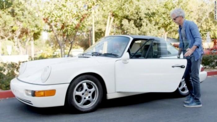 Waymo CEO也爱开车:座驾还是经典款白色911