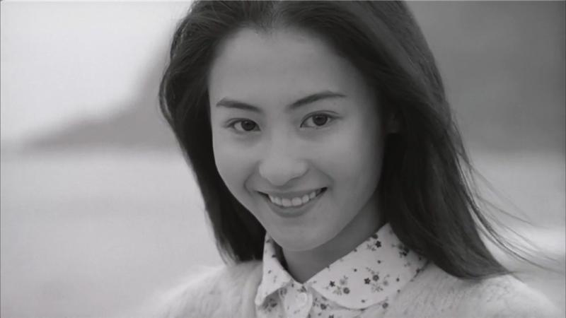 张柏芝21岁青涩旧照曝光 素颜出镜笑容甜美眼神清澈