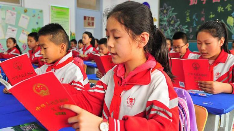 河南新乡市律协开展宪法宣传周活动