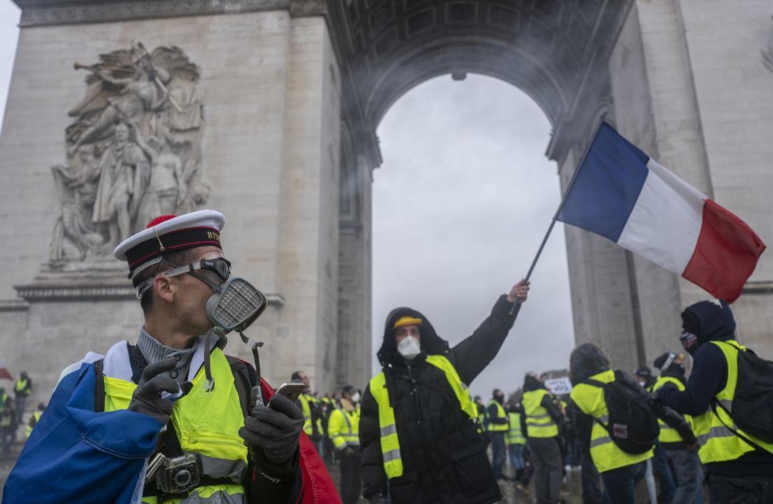 """姚蒙:巴黎为什么被""""黄背心""""沦陷?"""