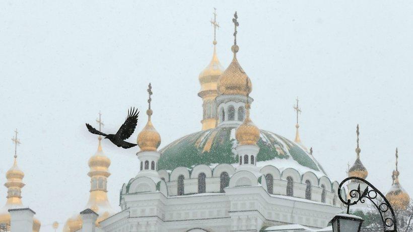 乌克兰警方突击搜查三座与俄罗斯有过联系的东正教堂