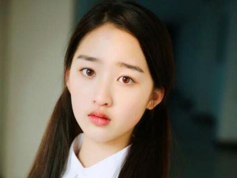 """她今年只有13岁,演戏打动苏有朋,耳光戏""""扇""""晕陈建斌"""