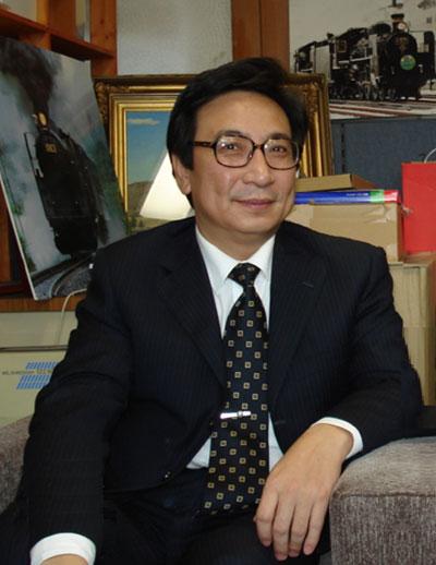 高洪:中国社科院日本所研究员