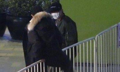 王源发文为翻越栏杆致歉:公众人物应该以身作则