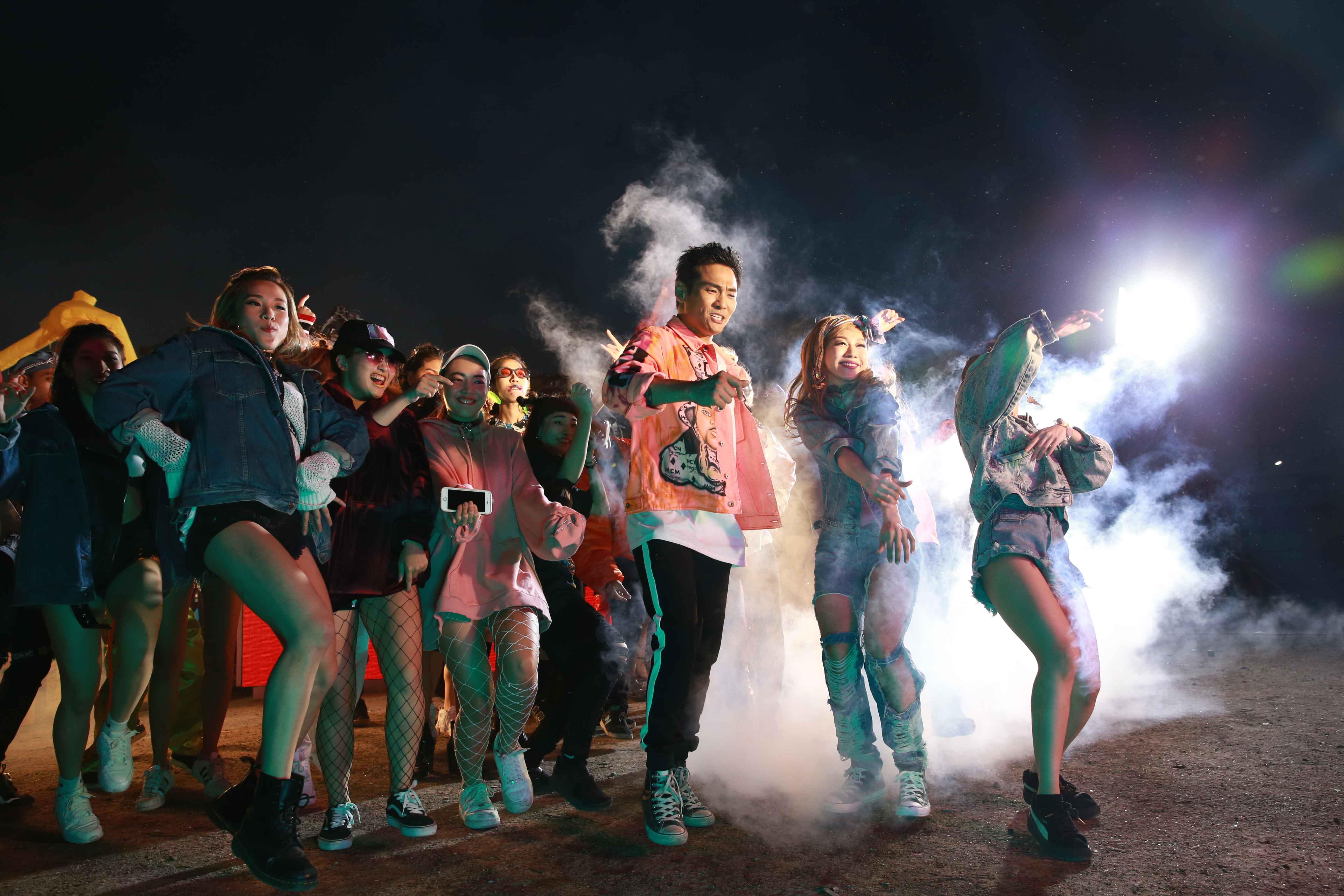 杜德伟新专《起来》同名MV首发 活力畅快能量全开
