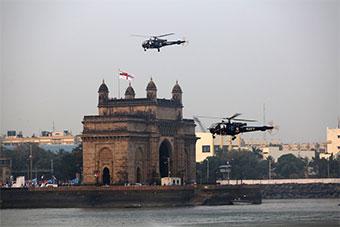 印度海军派航母领衔庆祝海军节