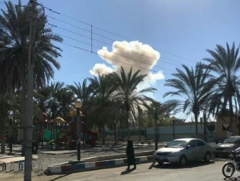 伊朗一警察总部附近遭汽车炸弹袭击 已致3死多伤