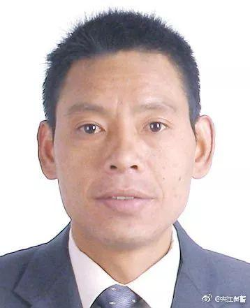 四川乐山公交爆炸 警方通报嫌疑人 见此人请立即报警!