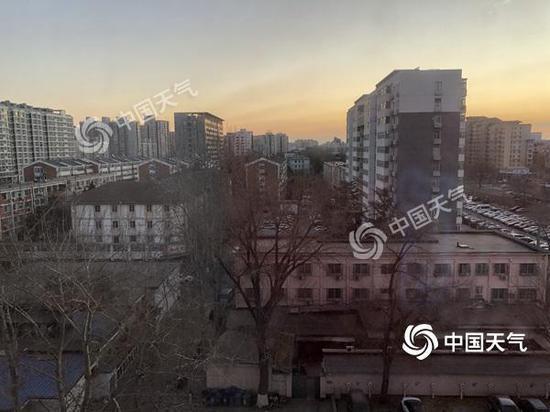 今晨,北京晴冷,冬意浓浓。