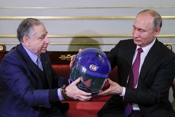 俄罗斯总统普京会见国际汽车联合会主席让·托德