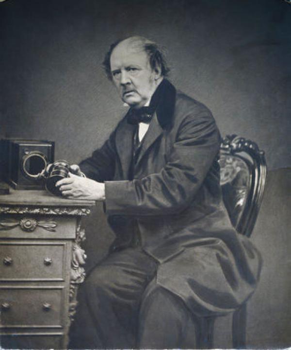V&A博物馆开启摄影档案,呈现英国200年摄影发展史