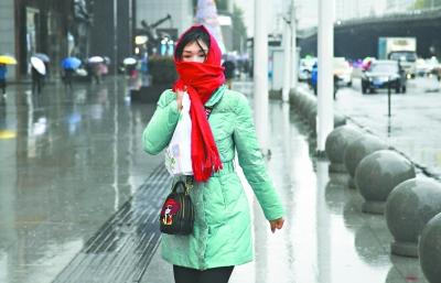 武汉今冬初雪将比往年早10天 10日凌晨最冷