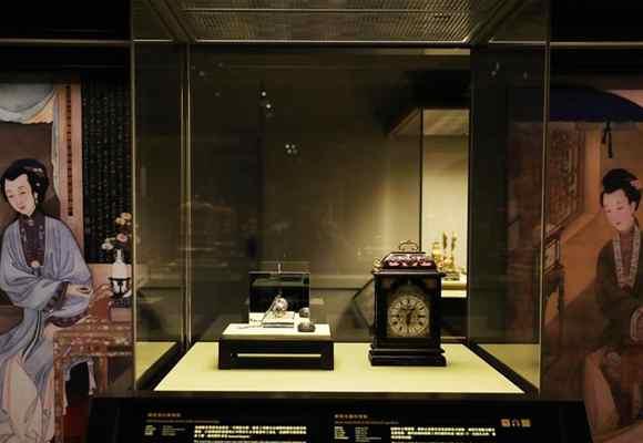 故宫馆藏机械钟表及丝路山水地图在港亮相