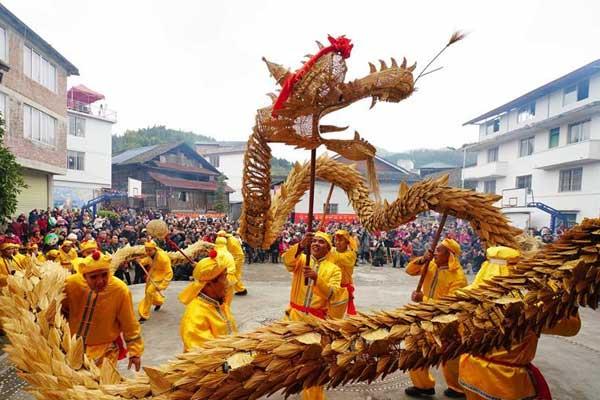 广西龙胜:侗族同胞欢庆侗年