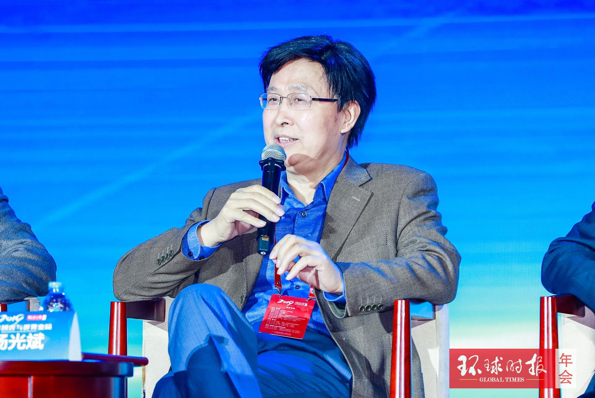 杨光斌:三组数字反映出世界政治结构变化,变化对中国有利